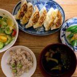 マルマツの浜松餃子、安くて簡単に焼けてお気に入り